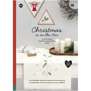 Borduurblad productfoto Boek Rico Design 'Christmas is in the Air 172'