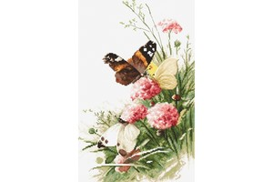 Borduurblad productfoto Borduurpakket Leti Stitch 'Butterflies in the field'