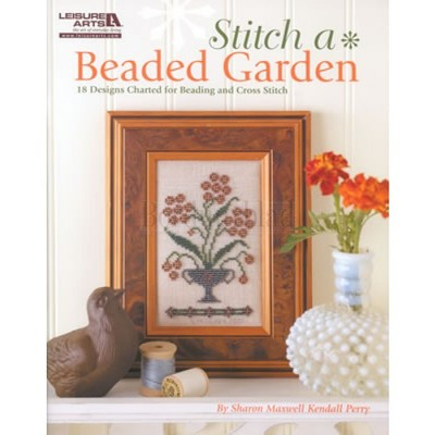 Borduurblad productfoto Borduurboek 'Stitch a Beaded Garden'